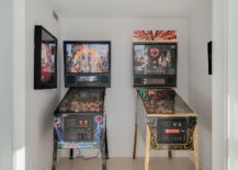 Small-den-in-Vancouver-Loft-with-pinball-machines-217x155
