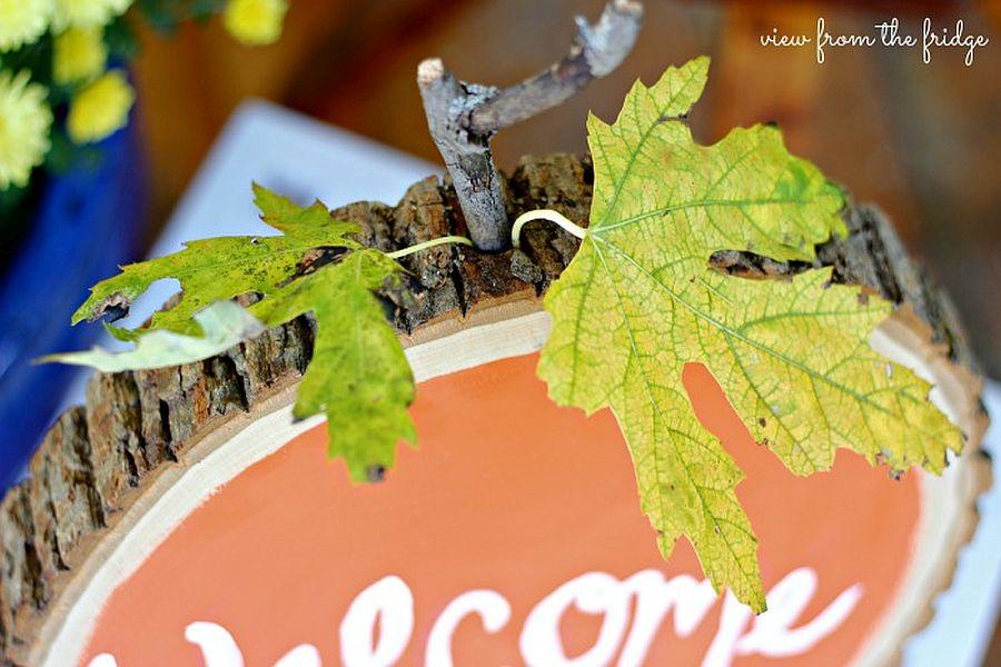 Wood slice pumpkin welcome sign Idea