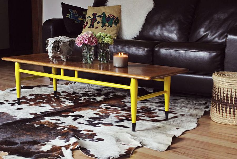 A dash of yellow gives the coffee table a new life!