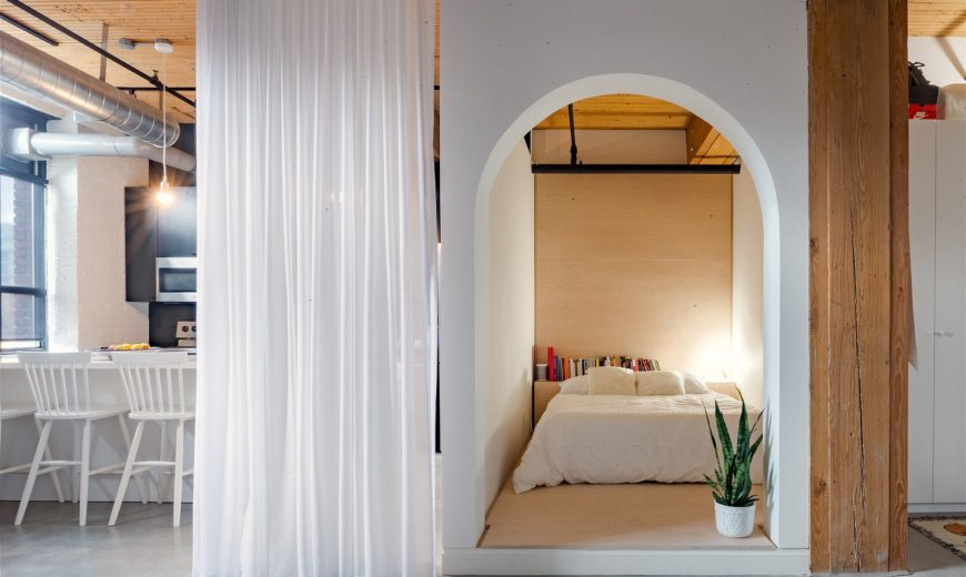Box-Style Bedroom and White Drapes Steals the Show inside This Apartment