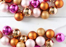 Colorful-and-easy-Christmas-Ornaments-DIY-Garland-217x155