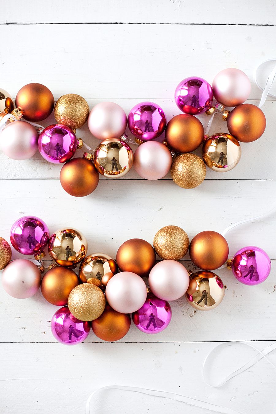 Colorful-and-easy-Christmas-Ornaments-DIY-Garland