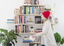 DIY-Diamond-Shaped-Bookshelf-Idea-217x155