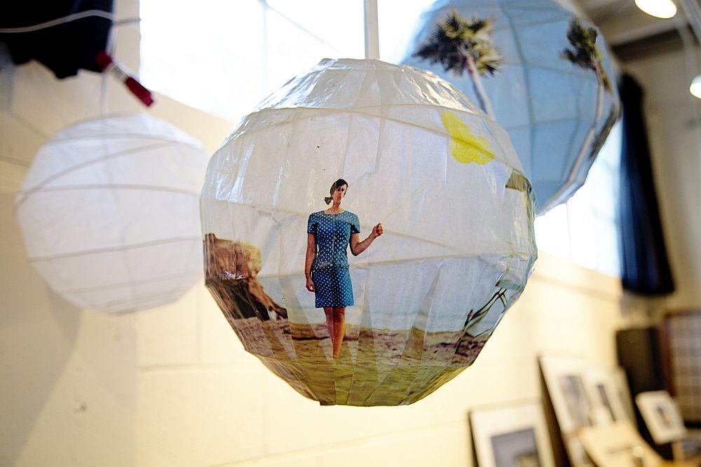 DIY-Glowing-Photo-Spheres