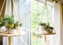 DIY-round-floating-shelf-crafted-from-wood-217x155