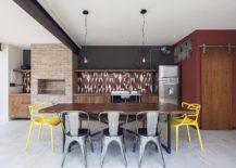 Exquisite-pendants-and-pops-of-yellow-make-a-big-visual-impact-in-the-dining-217x155