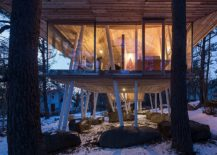 Gorgeous-vacation-home-in-wood-showcases-sustainable-design-217x155