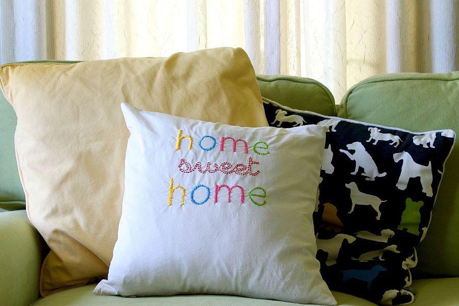 Home sweet home DIY throw pillow idea