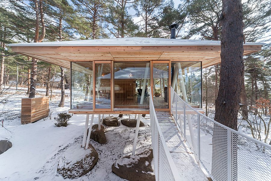 This fukushima vacation home taps into sustainable design for Architecture japonaise moderne