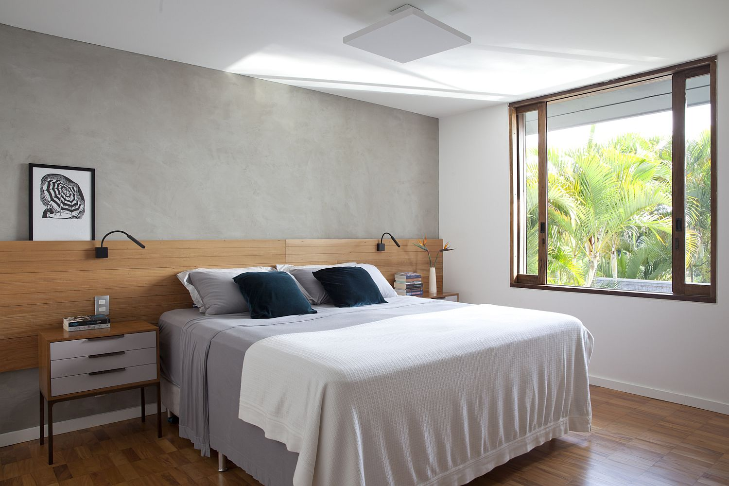 Low-ceiling of the bedroom gives it a more cozy appeal
