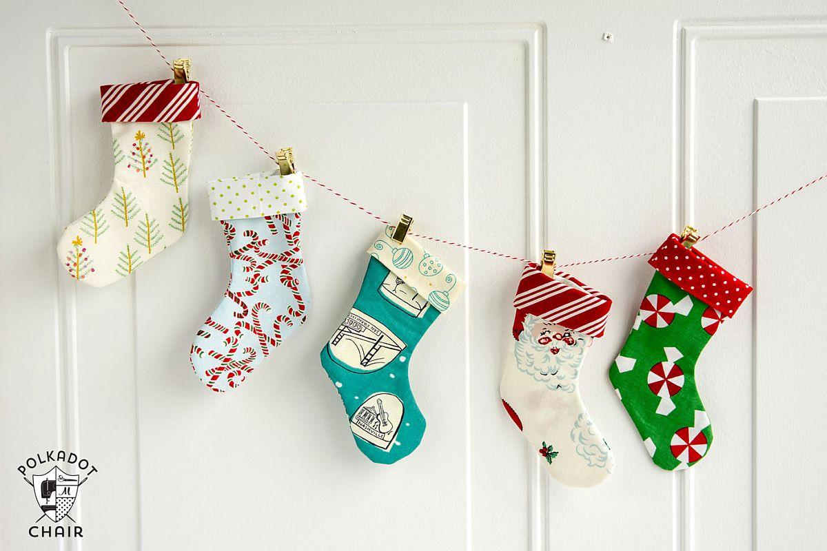 Making-your-own-Mini-Christmas-Stocking-Garland