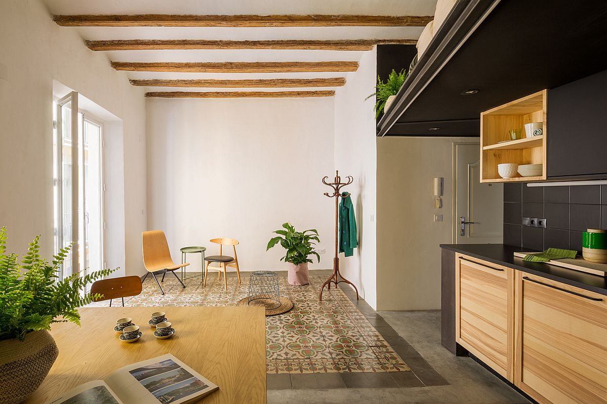 Original-tiled-flooring-of-the-apartment-combined-with-relaid-modern-floor