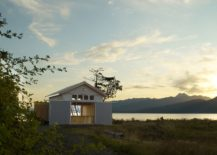 Picturesque-landscape-around-the-Hood-Canal-Boat-House-217x155