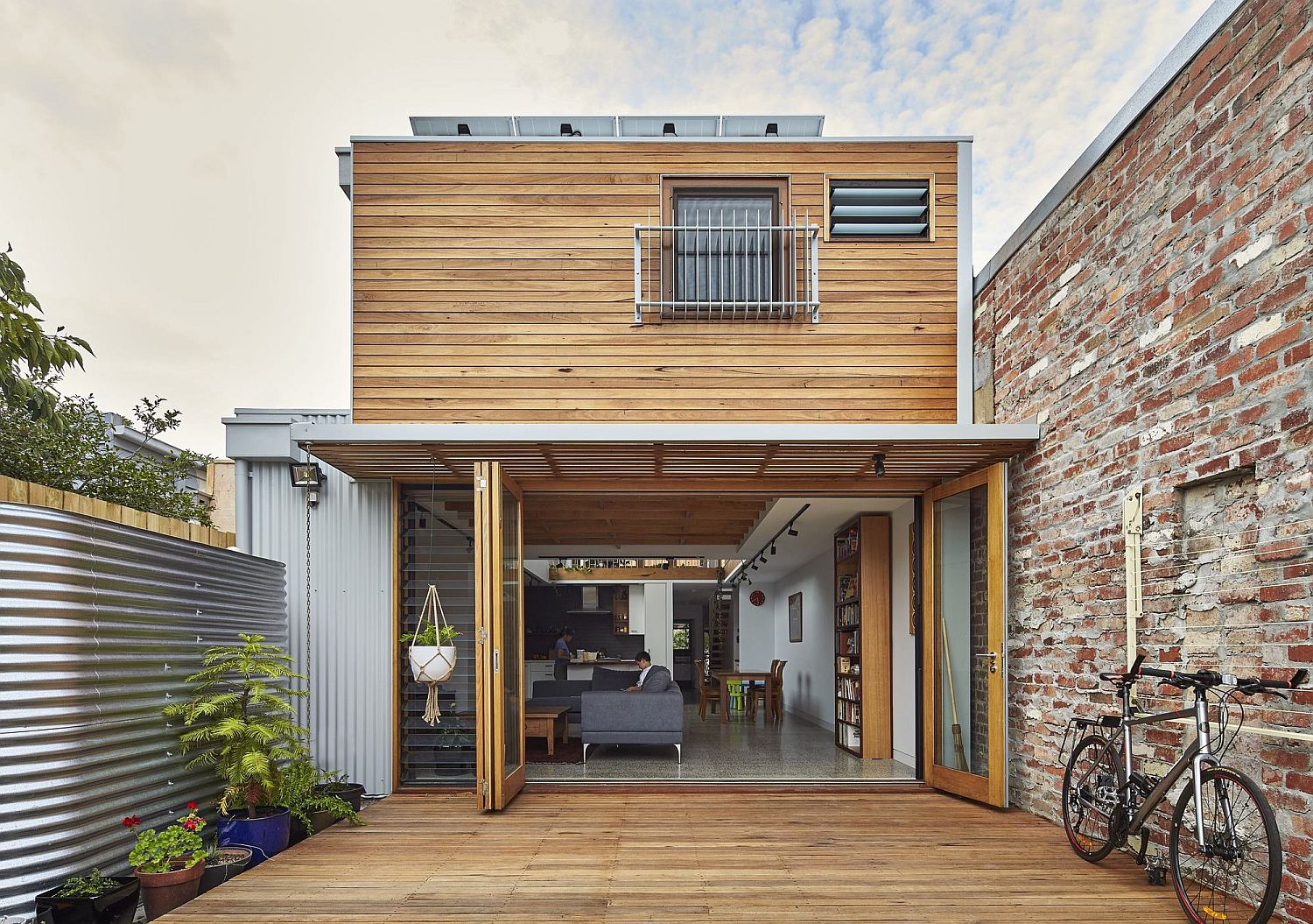 Rear-extension-and-modern-makeover-of-heritage-house-in-Northcote
