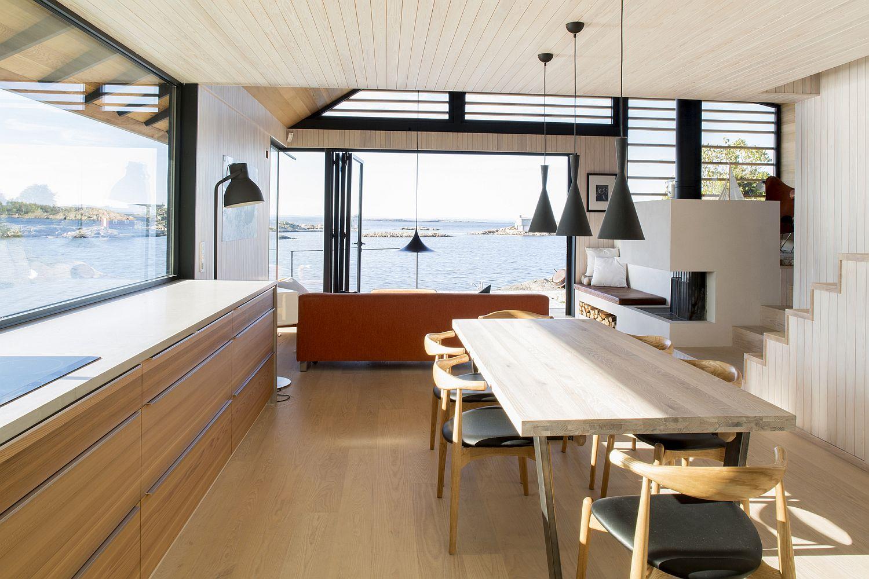 Scandinavian-style-decor-inside-the-Norwegian-cabin
