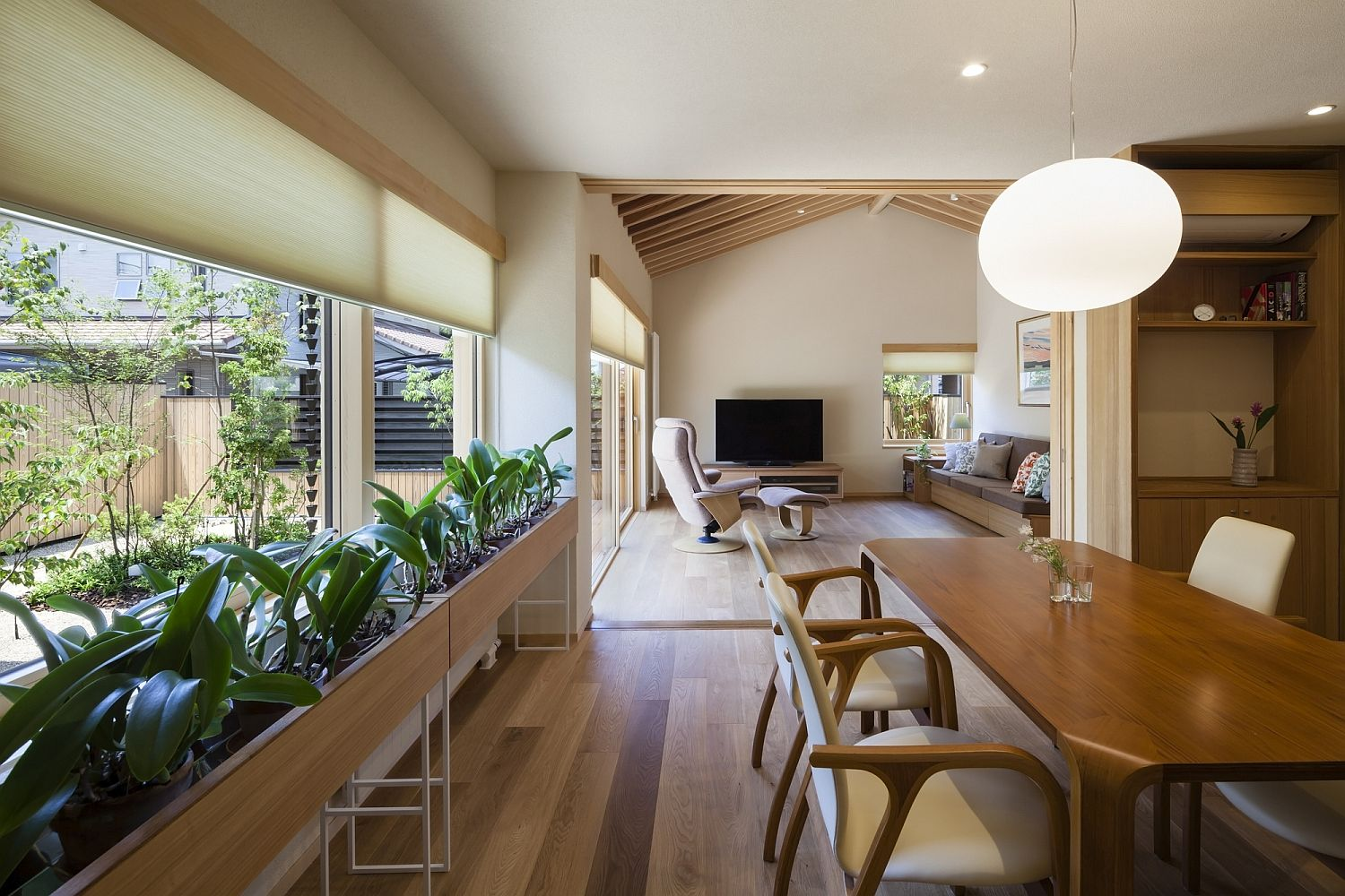 A World Of Contrasts Modern Japanese Home For An Elderly Couple