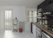 Space-savvy-and-minimal-interior-of-the-home-in-white-217x155