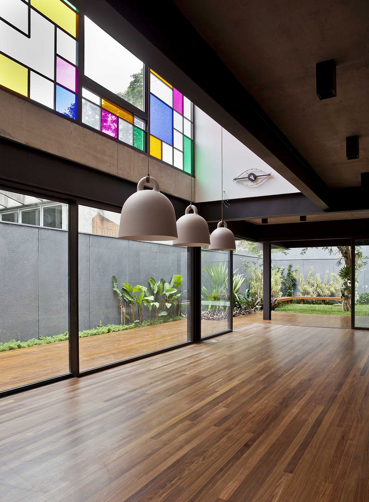 Spacious-and-open-lower-level-dining-area-and-living-space