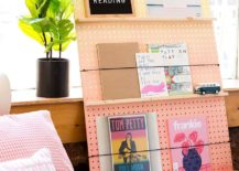 Stylish-DIY-Ombre-Bookshelf-217x155
