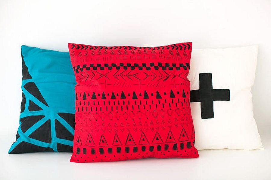 Stylish and chic geometric DIY throw pillows
