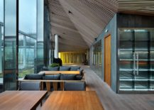 Three-dimensional-geometric-design-of-the-wooden-ceiling-brings-contrast-and-elegance-217x155