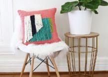 Yarn-Fringe-Pillow-DIY-is-super-chic-and-stylish-217x155