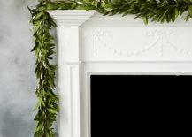 Bay-leaf-garland-on-a-white-mantel-217x155