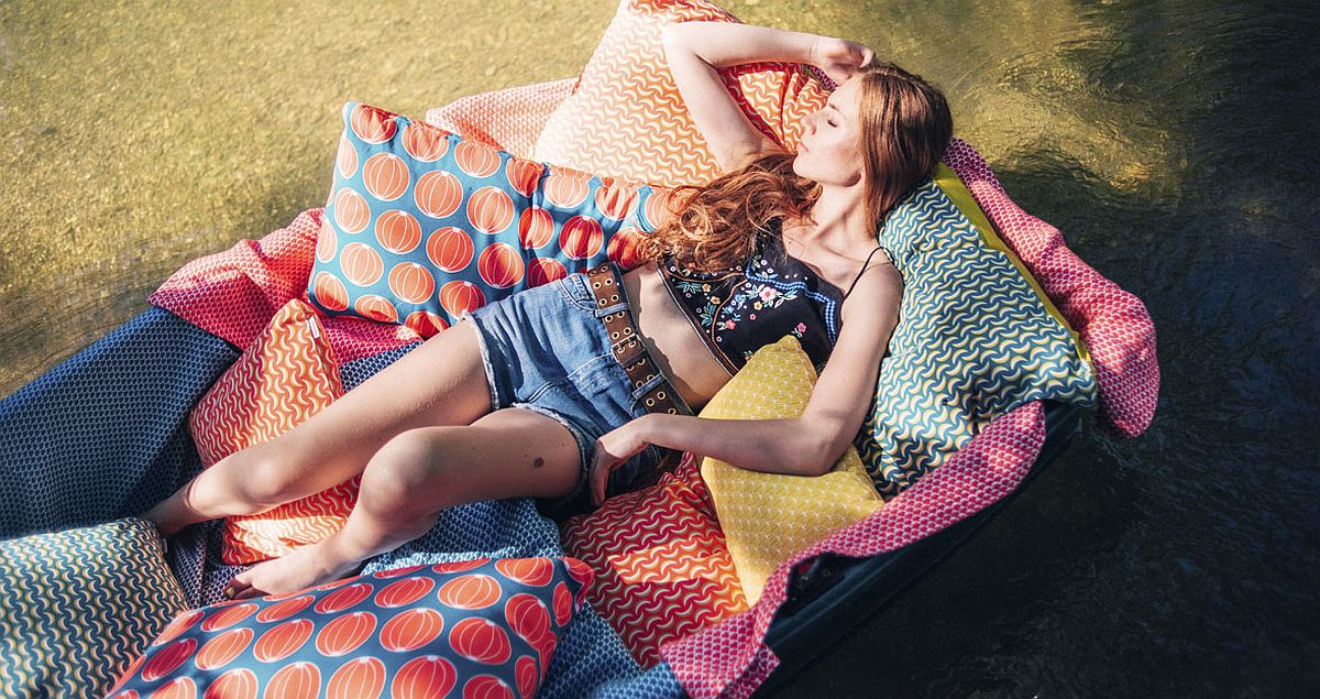 Create a perfect vacation in your own backyard with stunning collection of outdoor cushions