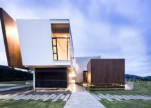 Creative-design-of-the-contemporary-home-deals-with-the-cubic-form-217x155