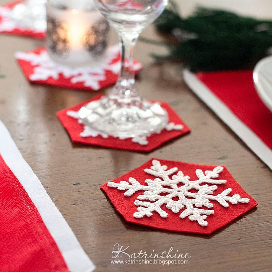 Crochet snowflake coasters for the Holiday table