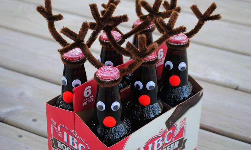 15 DIY Reindeer Crafts to Give Your Christmas Celebrations a Great Liftoff