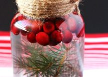 Easy-and-exquisite-DIY-Mason-Jar-Christmas-Candle-idea-217x155