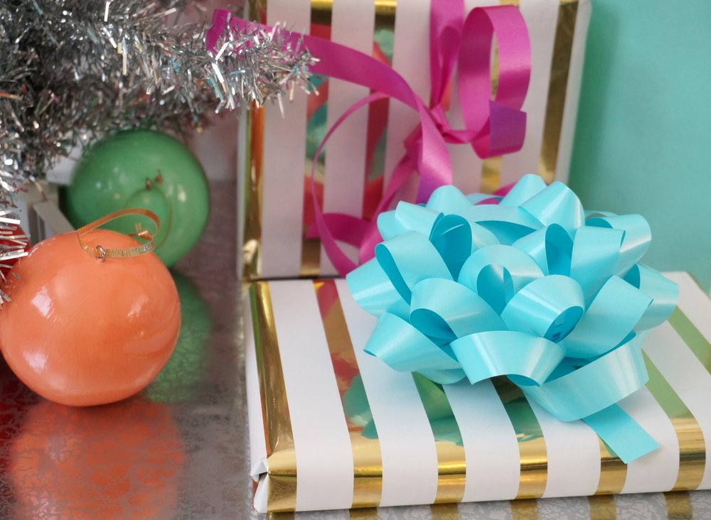 Let the gifts double as a centerpiece