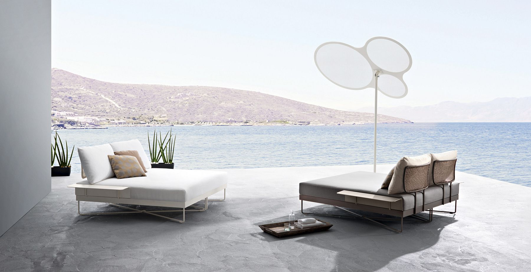Minimal and Sophisticated Outdoor Furniture Collection with Flexible ...