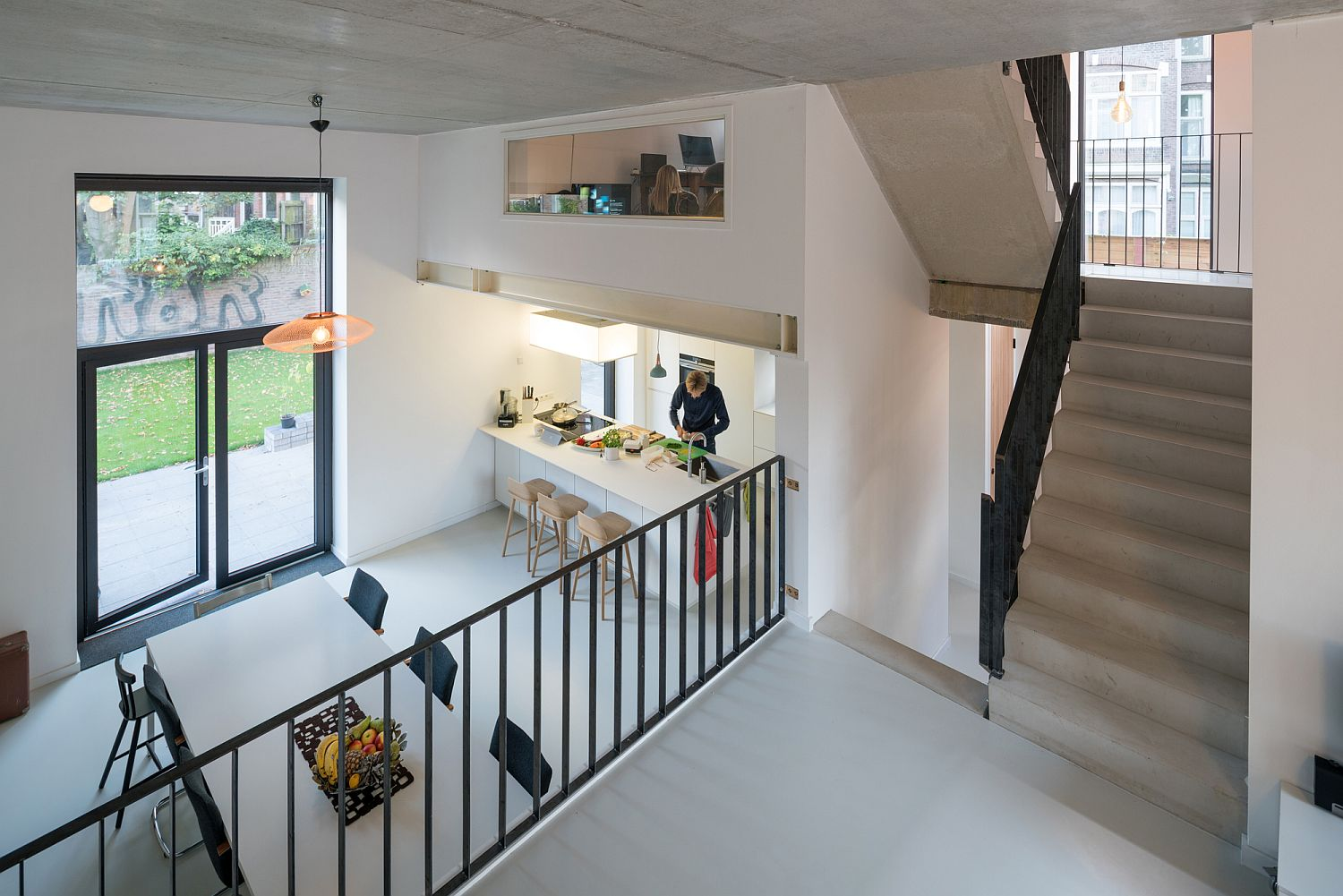Modern kitchen and dining area connected with the garden