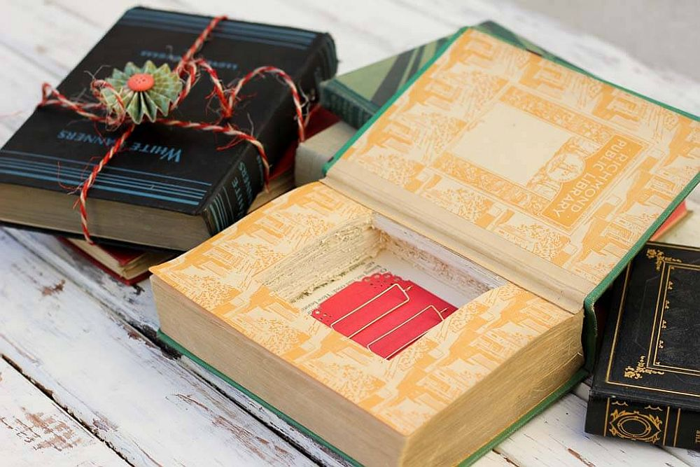 DIY gift boxes made to look like books