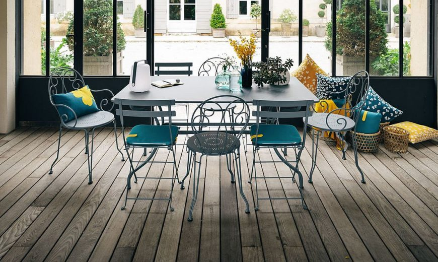 Bistro: Timeless French Folding Chair with Cheerful Colorful Spunk