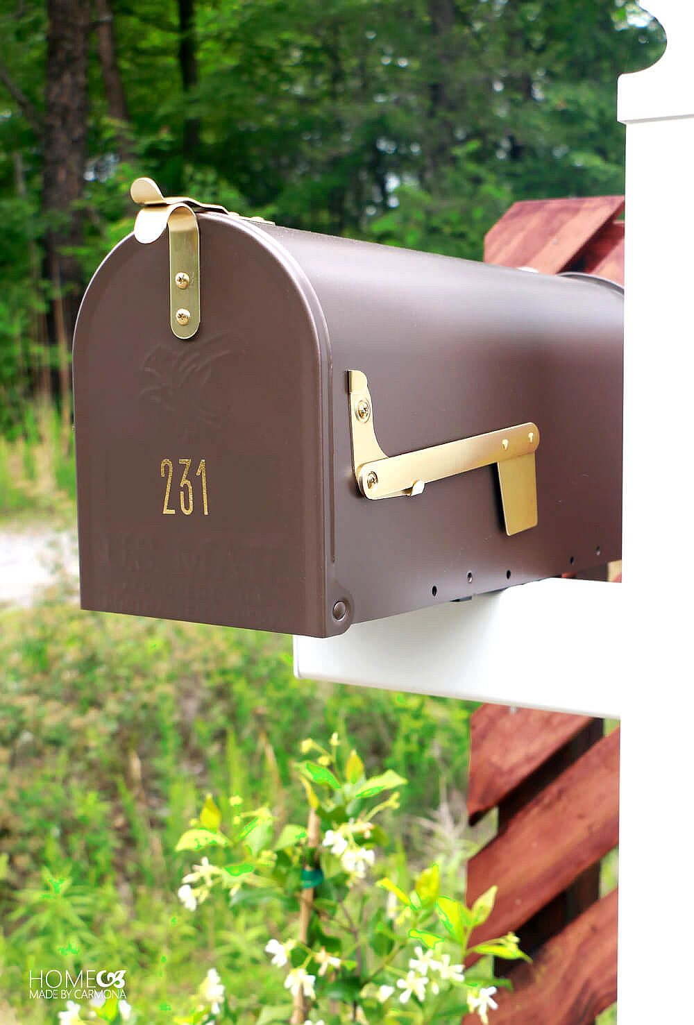 Personal stylized DIY mailbox idea