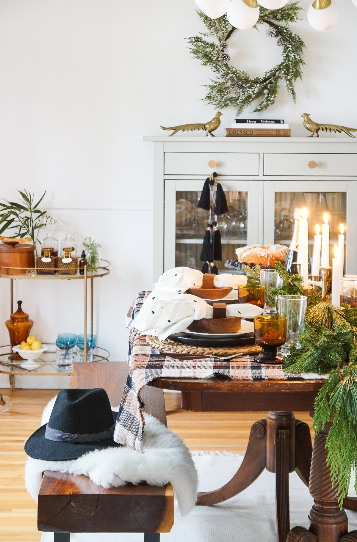 Plaid holiday table