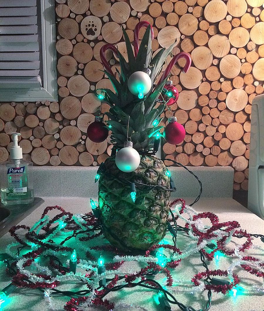 Simple and easy to craft Pineapple Christmas Tree