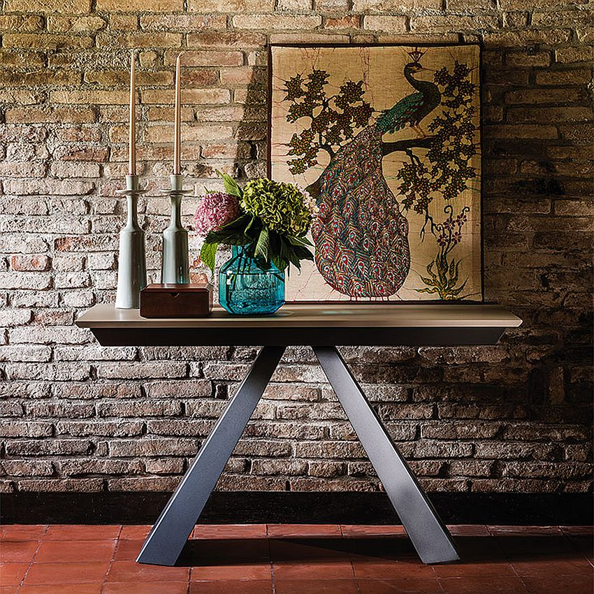 Steel base and wooden top of Convivium gives it great textural charm