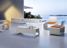 Stunning-outdoor-furniture-in-pure-white-217x155