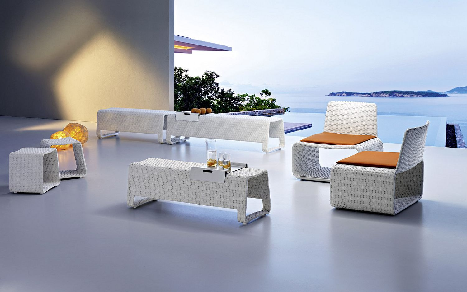 Stunning outdoor furniture in pure white