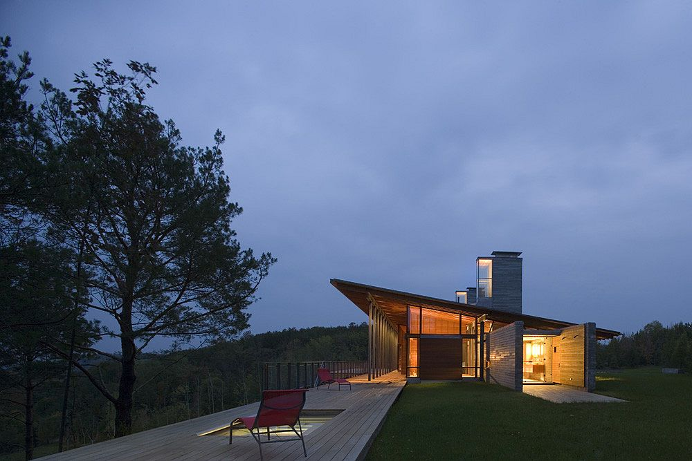 View of the expansive and tranquil Ridge House in Alberta, Canada