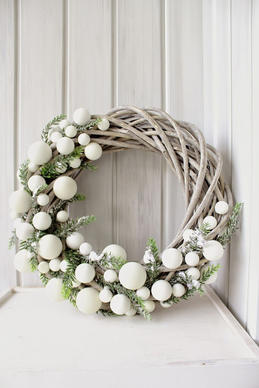 White and wintery DIY Christmas wreath