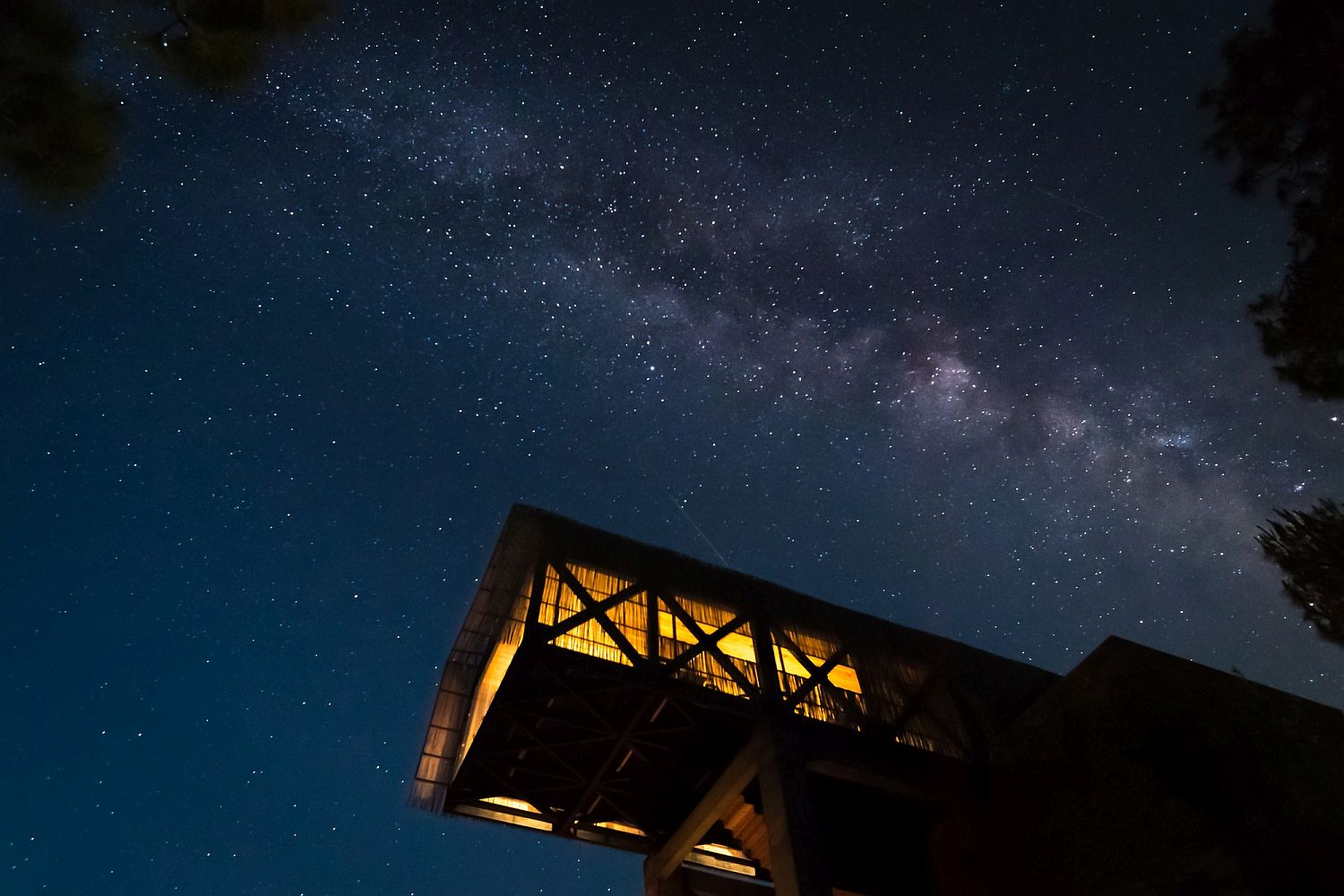 Clear night sky at the Himalayan hotel with the Milky Way