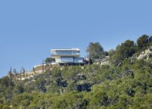 Contemporary-home-on-hill-top-in-Mallorca-217x155