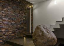 Contemporary-home-with-stone-accent-wall-at-the-entrance-217x155