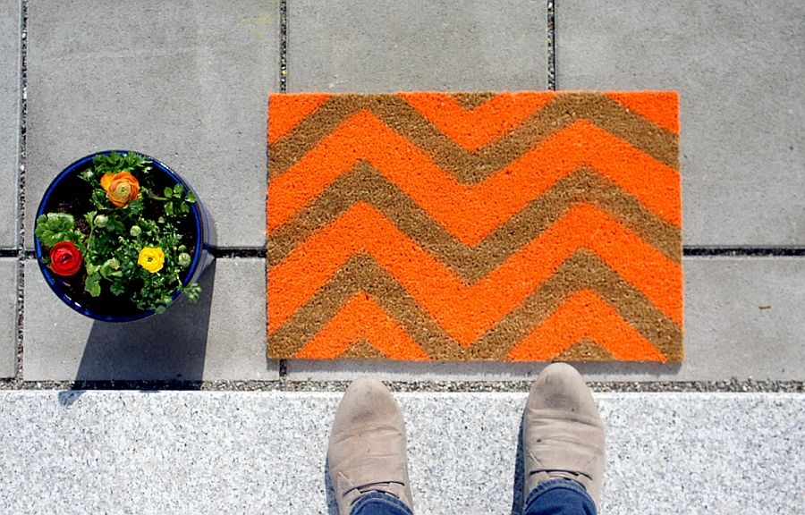 DIY chevron pattern doormat
