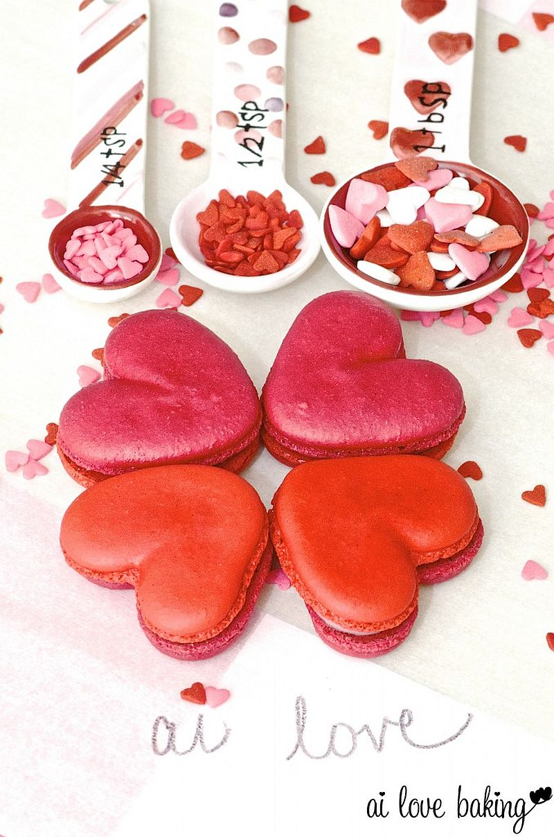 Delicious heart-shaped macarons to celebrate Valentine's Day